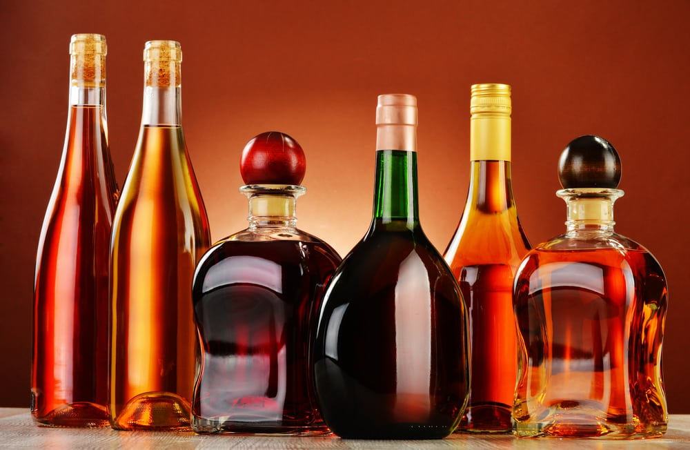Guide To Drinking Alcohol While Building Muscle and Losing Fat alcohol beverages